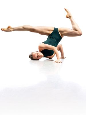 Rosie Mackley Ballet for Climbers class on Catalyst Online
