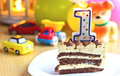 <p>Vi holder fødselsdag</p>