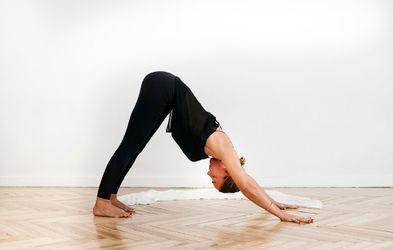 """<p>Viernes 14.15h <span style=""""color: rgb(61, 61, 61);"""" >Yoga + movilidad</span></p>"""