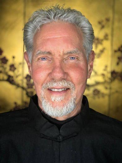 <p>Dr. Roger Jahnke, OMD</p>