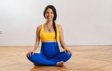 <p>Miércoles 18h Yoga prenatal</p>