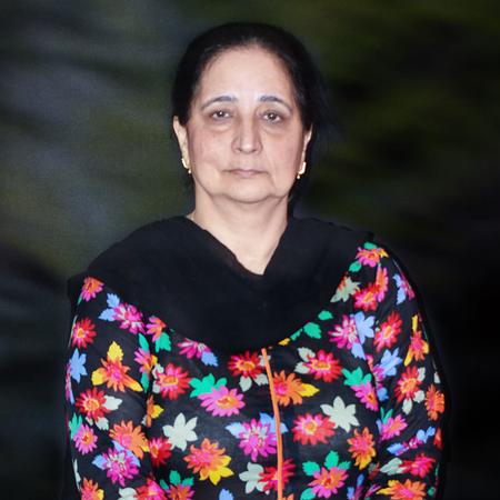Mushtaq, Saima