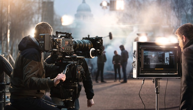 Hollywood Film School: Filmmaking & TV Directing Masterclass